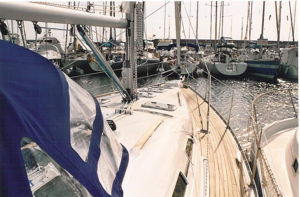 Noleggiare un'Bénéteau Oceanis Badalona