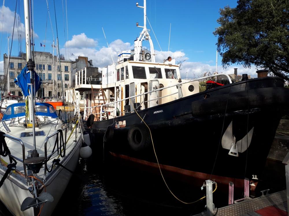Noleggio barche Remorqueur  250 cv Lorient su Samboat