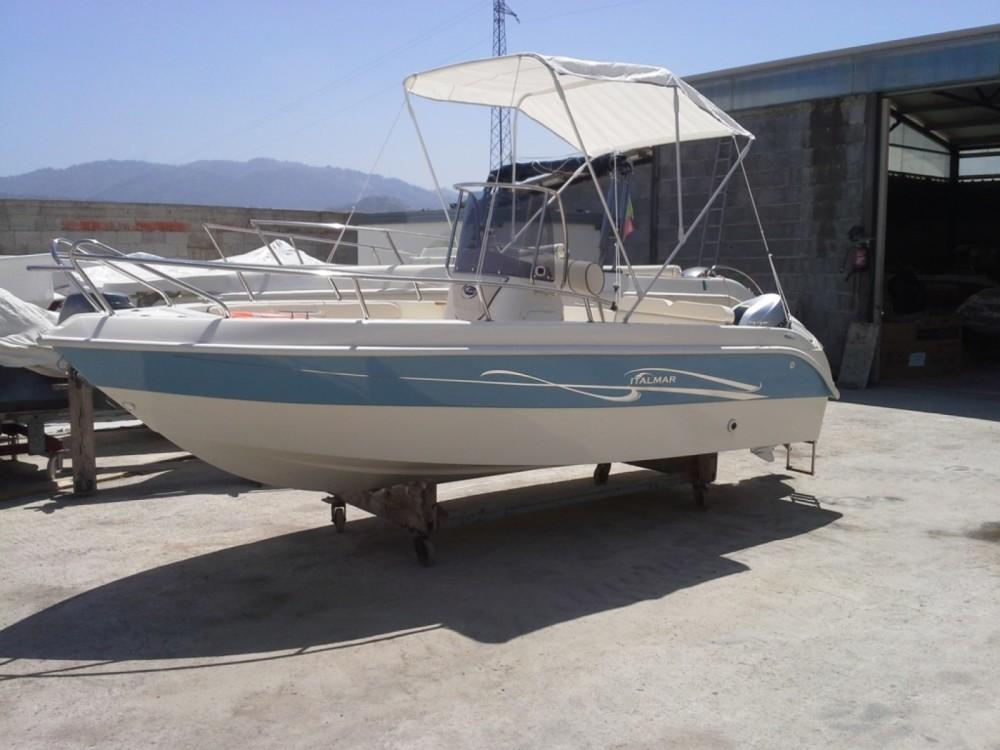 Noleggio Barca a motore con o senza skipper Italmar Milazzo