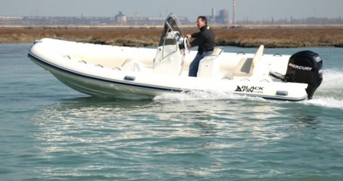 Noleggio barche Milazzo economico Gommone Black Fin -115hp