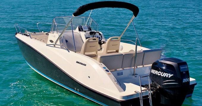 Noleggio barche Excenevex economico Activ 675 Sundeck