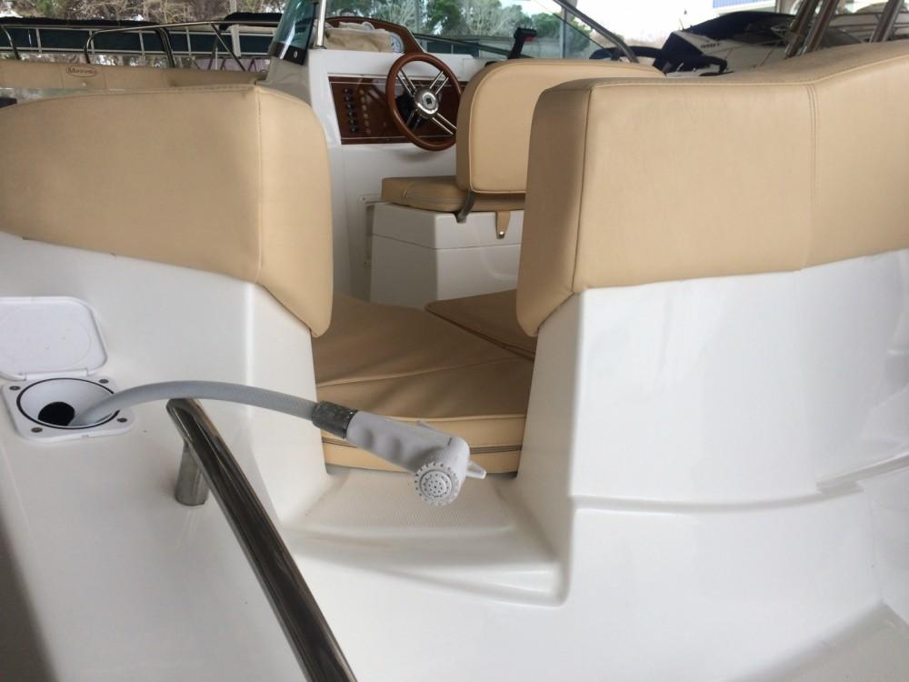 Barca a motore a noleggio Sant Amanç al miglior prezzo