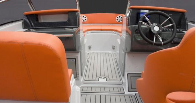 Noleggio Gommone Marlin Boat con patente nautica