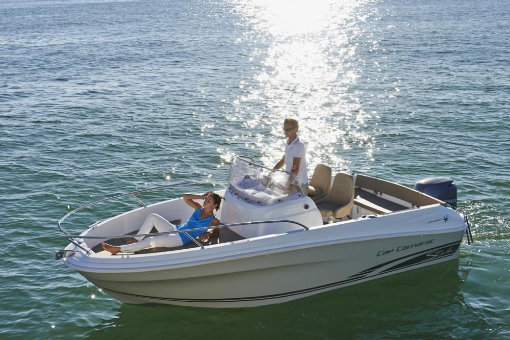 Noleggio yacht  - Jeanneau Cap Camarat 5.5 CC Serie 2 su SamBoat