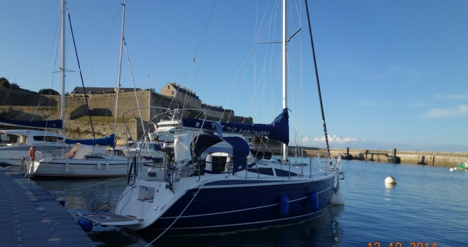 Noleggio Barca a vela con o senza skipper Tesyacht  a La Rochelle