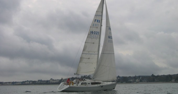 Noleggiare una Kirie Feeling 326 a Brest