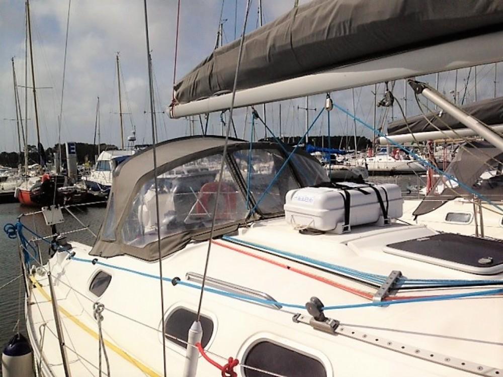 Barca a vela a noleggio Larmor-Plage al miglior prezzo