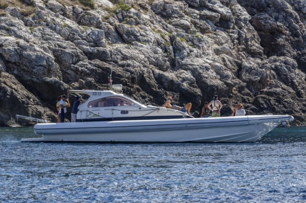 Noleggio Gommone con o senza skipper Lomac Spalato
