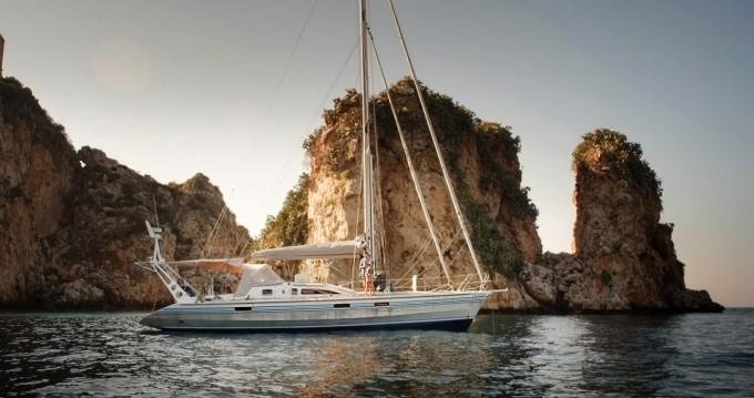 Noleggio barche Alubat Ovni 43 a Barcellona su Samboat