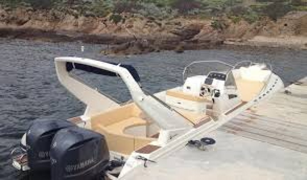 Noleggio barche Capelli Tempest 1000 Porto-Vecchio su Samboat