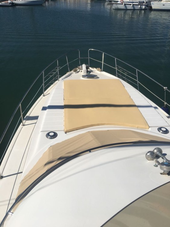 Azimut Absolute 43 Fly tra personale e professionale Stintino