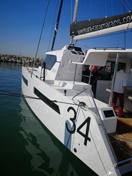 Noleggio Catamarano Aventura con una patente