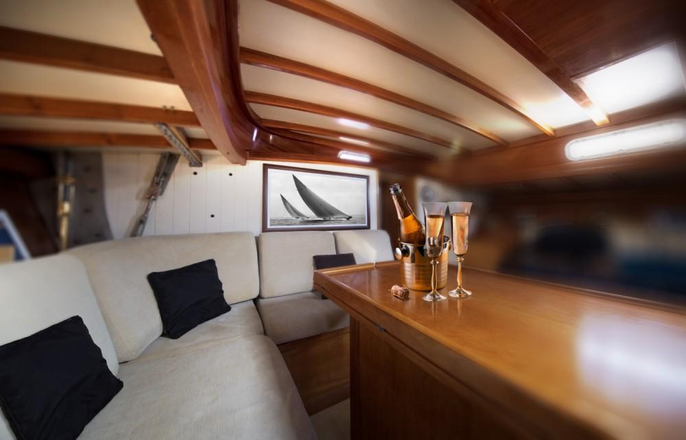 Noleggiare un'H2O Yachts Mister Fip's Marsiglia