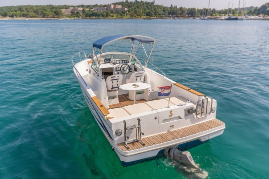 Noleggio yacht a Poreč – Bénéteau Ombrine 700 su SamBoat