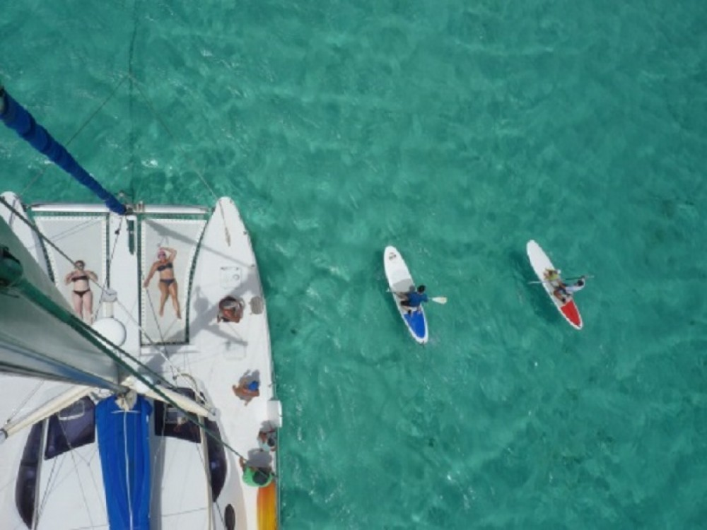 Noleggio barche Catana Catana 411  su Samboat
