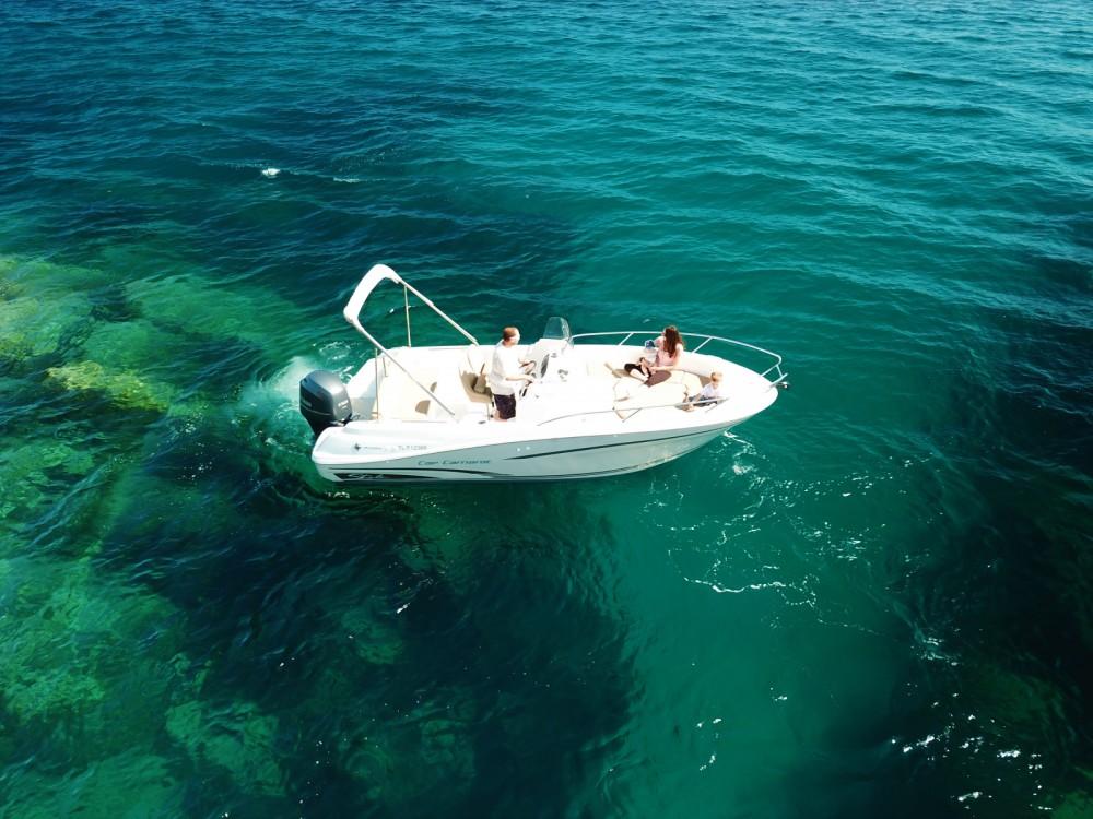 noleggio Barca a motore Saint-Raphaël - Jeanneau Cap Camarat 6.5 CC