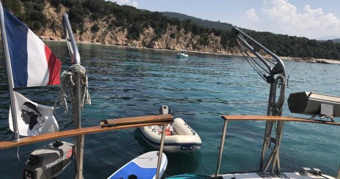 Noleggiare una Sev ATLANTIC a Serra-di-Ferro