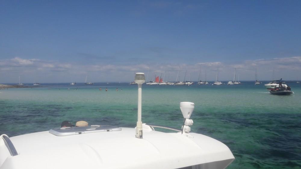 Barca a motore a noleggio Loctudy al miglior prezzo