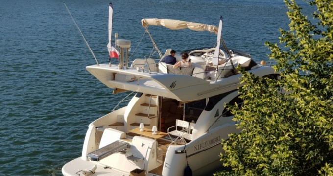 Noleggio barche Lyon economico Azimut 46