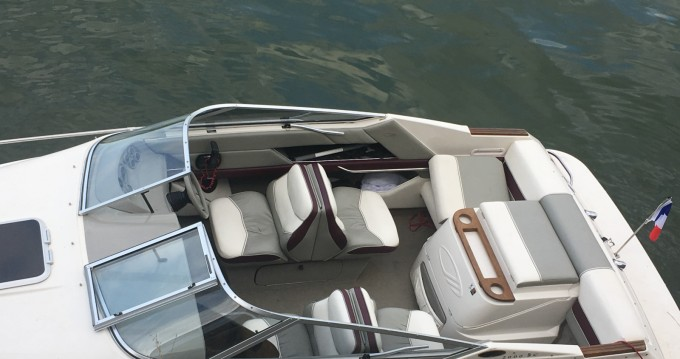 Noleggio barche Sèvres economico Maxum 2000 SCL