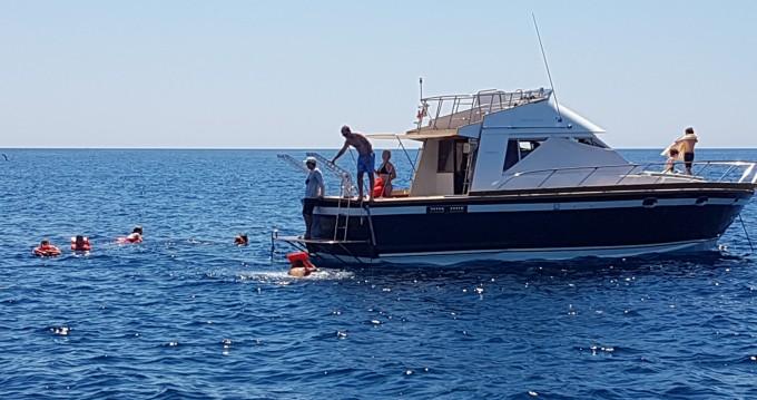 Noleggio barche Posillipo ANTIGUA 38 FLY a Gallipoli su Samboat