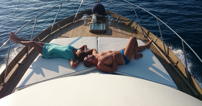 Noleggio yacht a Gallipoli – Posillipo ANTIGUA 38 FLY su SamBoat