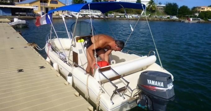 Noleggio Barca a motore Rascala con patente nautica