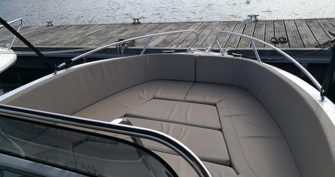 Noleggio Barca a motore a Pula – Okiboats Barracuda 545 Open