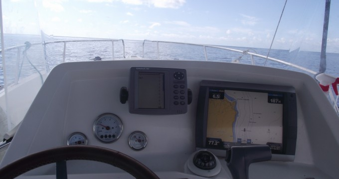Noleggiare una Kelt White shark 226 a Basse-Terre