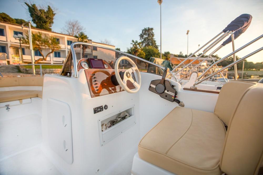 Noleggio Barca a motore Marinello con una patente