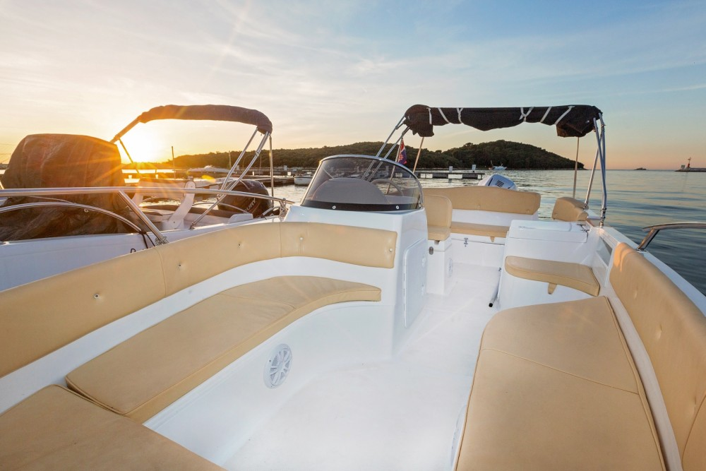 Noleggio yacht Orsera - Marinello MARINELLO 22 EDEN OPEN su SamBoat