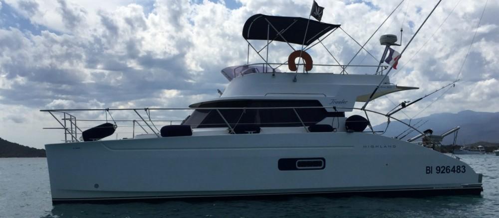 Noleggio Barca a motore con o senza skipper Fountaine Pajot Saint-Florent