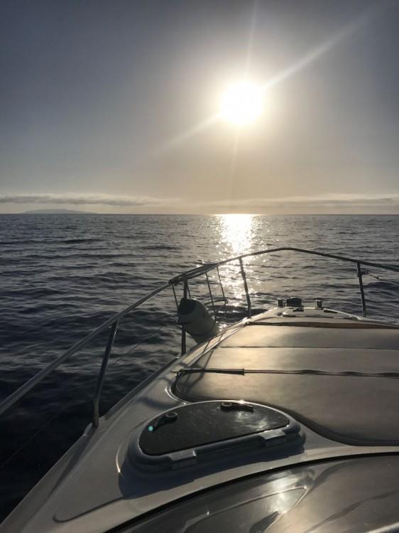 Barca a motore a noleggio Castellammare del Golfo al miglior prezzo