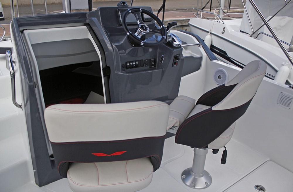 Noleggio barche Cambrils economico Flyer 6.6 SUNdeck