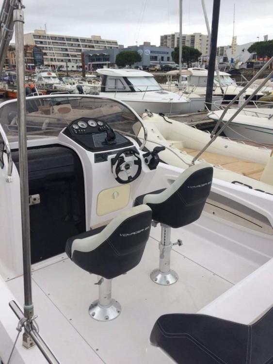 Noleggio Barca a motore Ranieri con una patente
