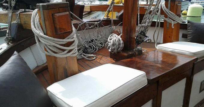 Noleggio barche Distrito de Setúbal economico motor-sailing