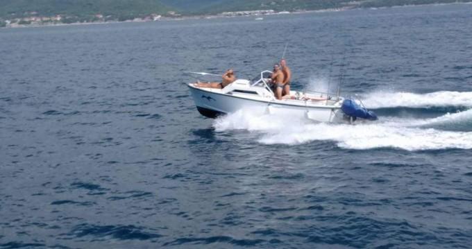 Noleggio barche Livorno economico off mare