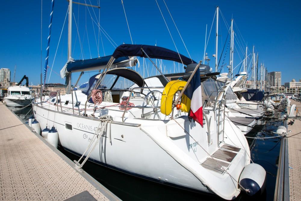 Bénéteau Oceanis 45 tra personale e professionale Marsiglia