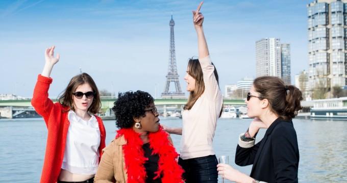 Noleggiare una Southland Pontoon-boat a Paris