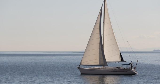 Barca a vela a noleggio a Atene al miglior prezzo