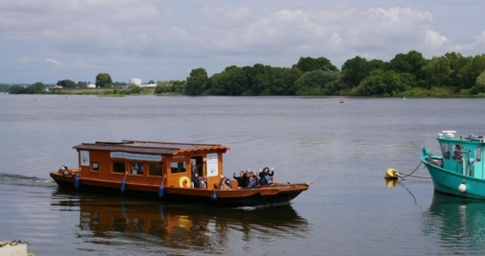 Noleggio barche Nantes economico Toue de Loire