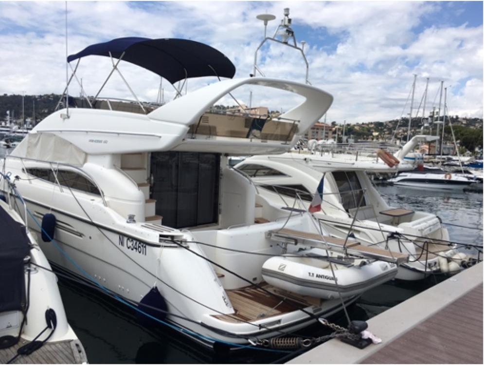 Noleggio barche Princess Princess V50 Cannes su Samboat