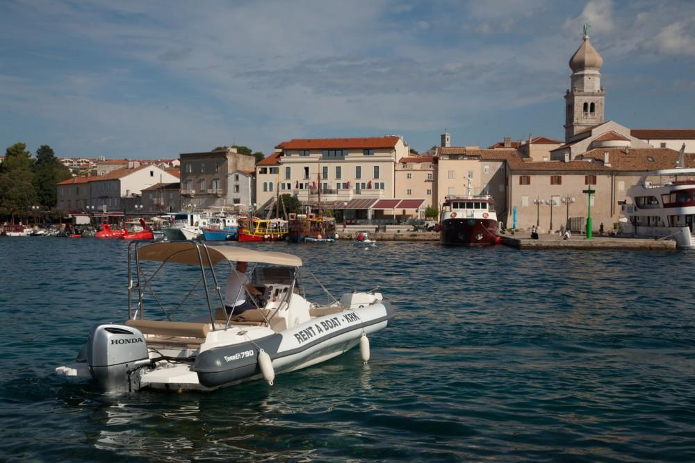 Noleggio Gommone Marlin Boat con una patente