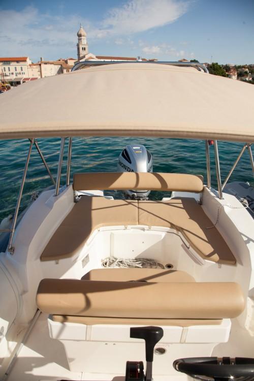 Noleggio Gommone con o senza skipper Marlin Boat Veglia