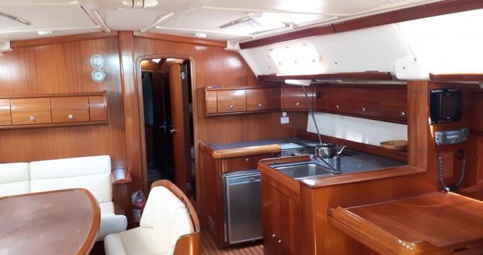 Noleggio barche Atene economico Bavaria 49