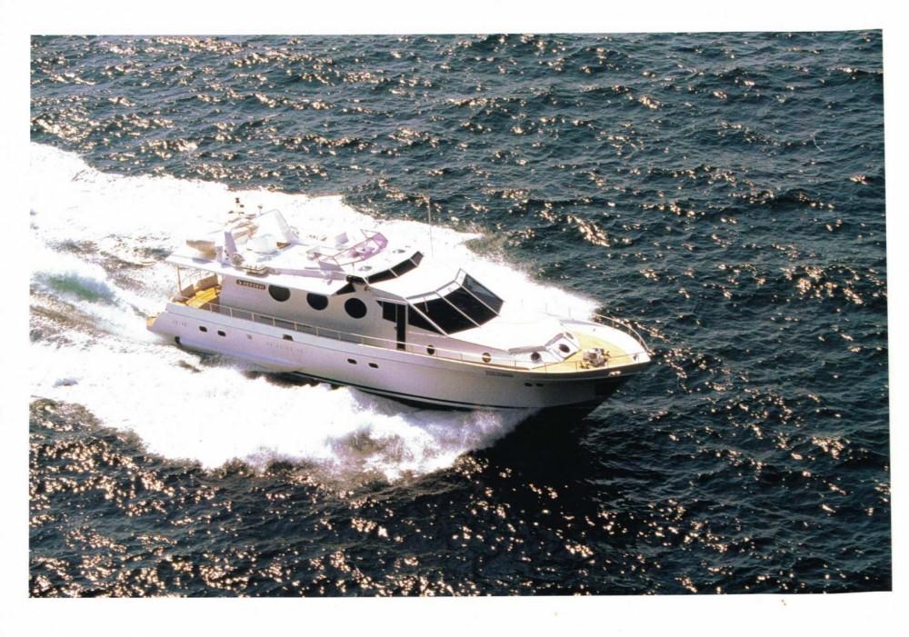 Cantieri navali di Chiavari Heron 21 tra personale e professionale Castellammare di Stabia
