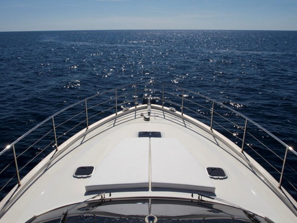 noleggio Barca a motore ACI Marina Rovinj - Cyrus Cyrus 13.8 Flybridge