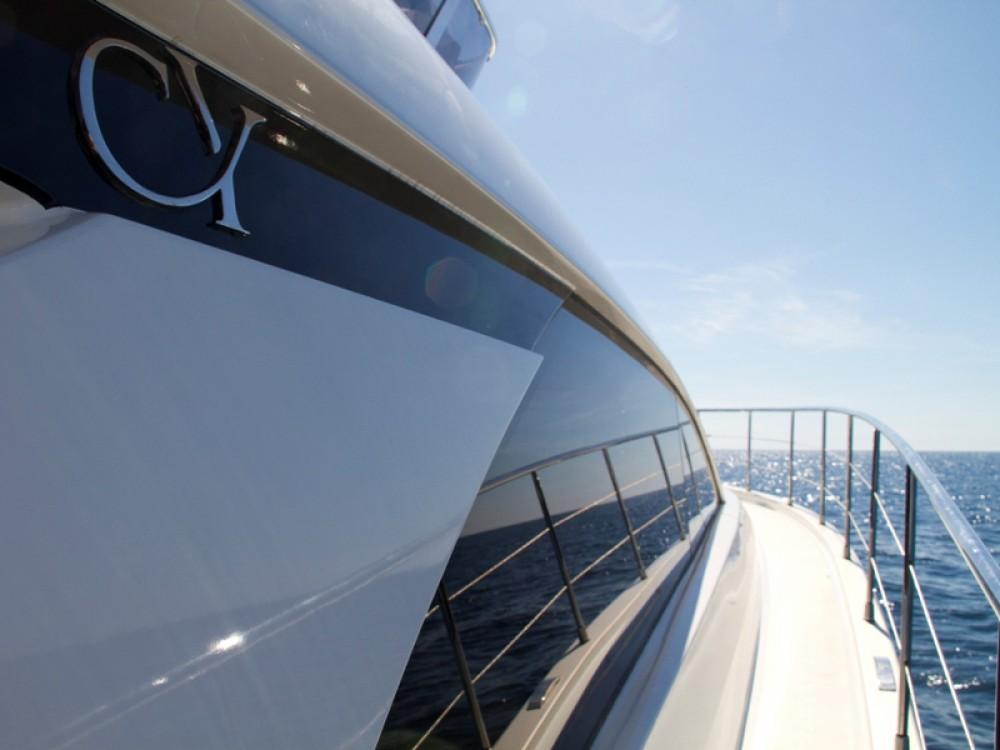 Noleggio Barca a motore Cyrus con una patente