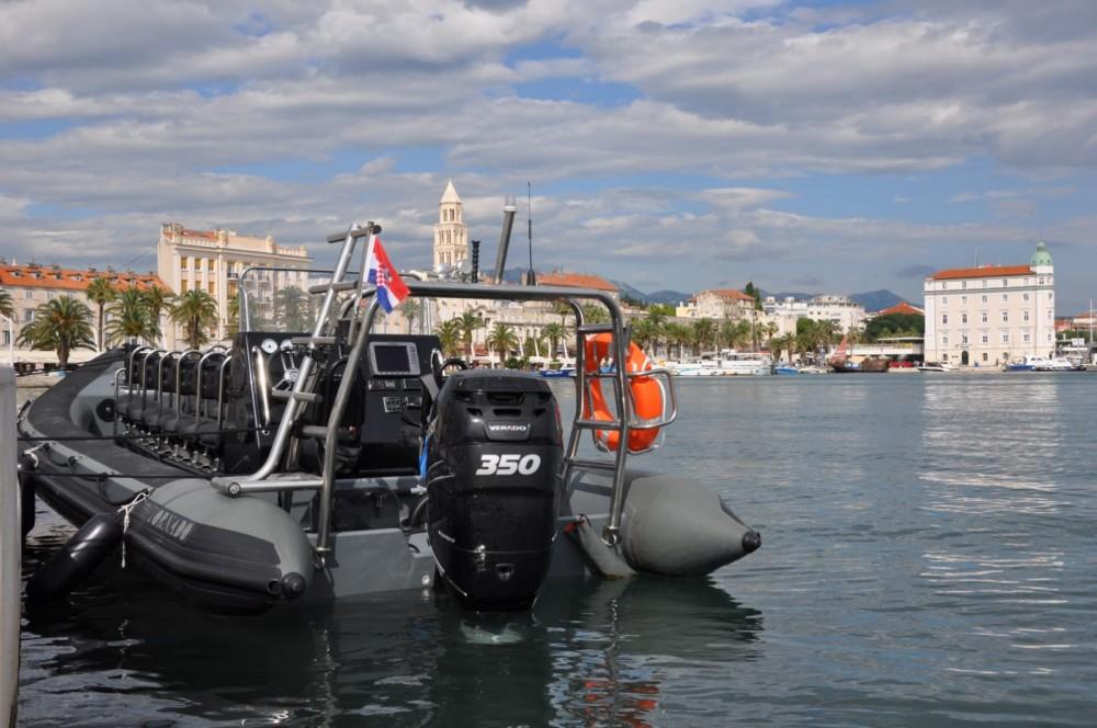 Noleggio barche Tornado Tornado 8.5M Multi Purpose RIB Spalato su Samboat