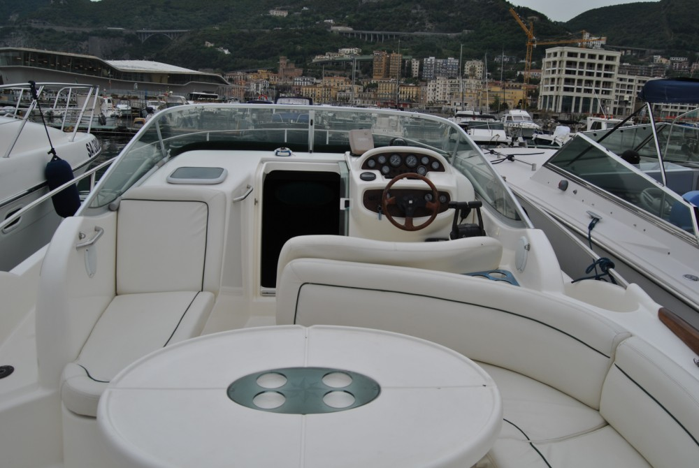 Noleggio barche Salerno economico Leader 805